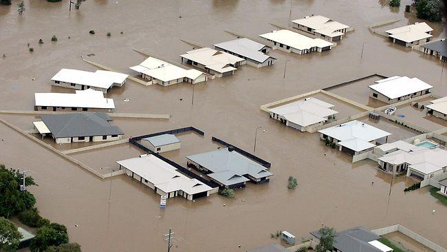 976015-topshots-australia-weather-floods